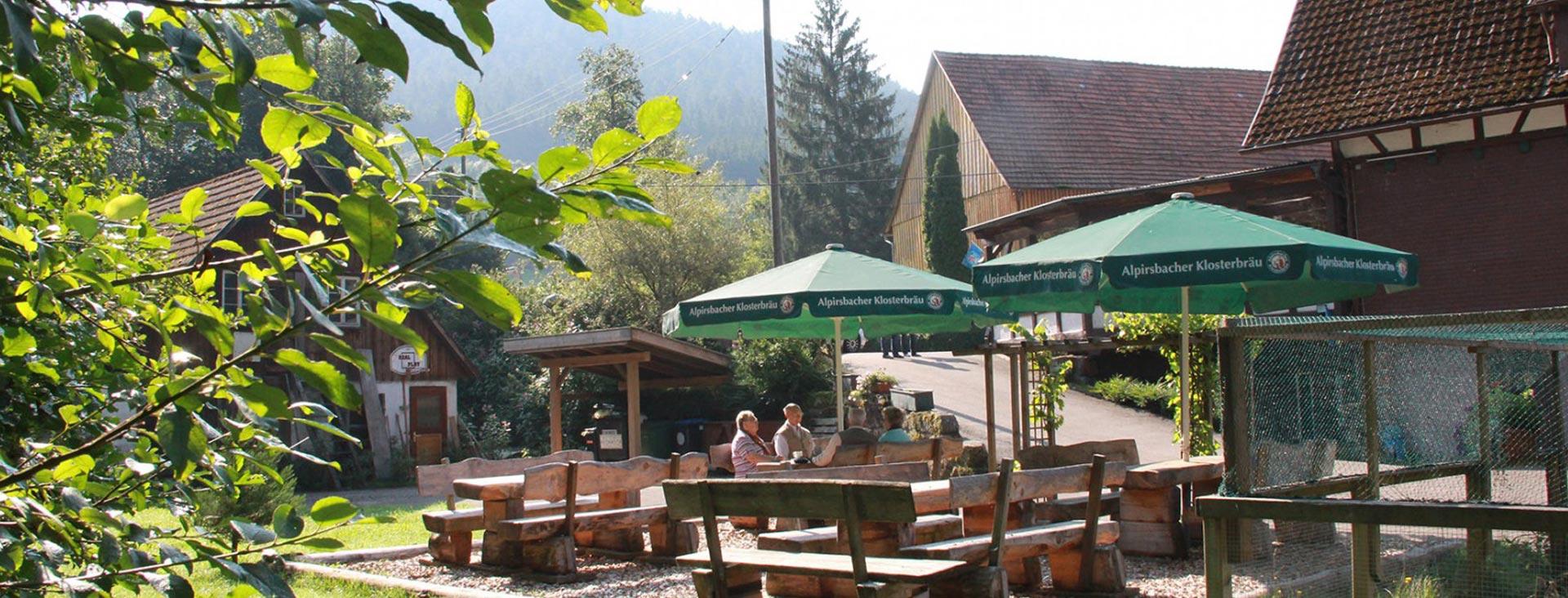 Biergarten   Landgasthof Untere Mühle im Schwarzwald